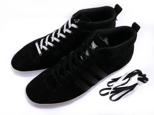 adidas スニーカー ミッドカット